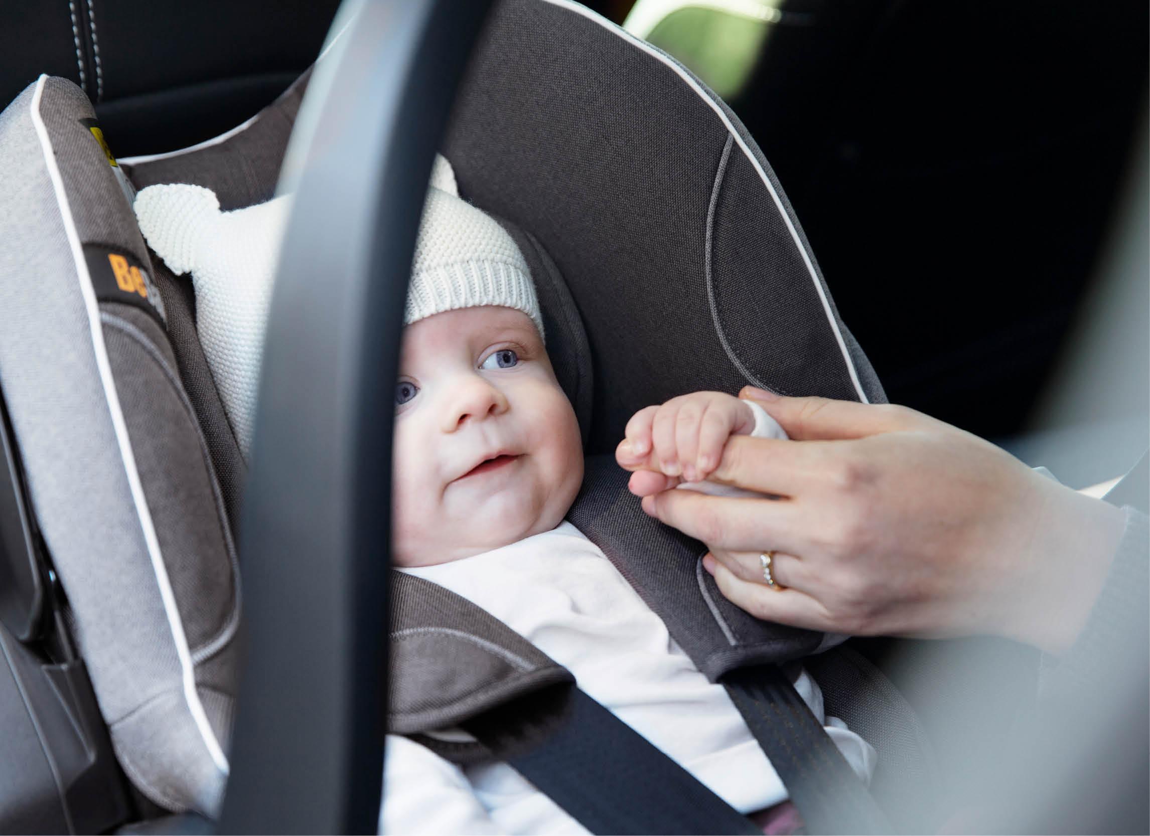 Sicher Autofahren im Winter - Tipps für's richtige Anschnallen