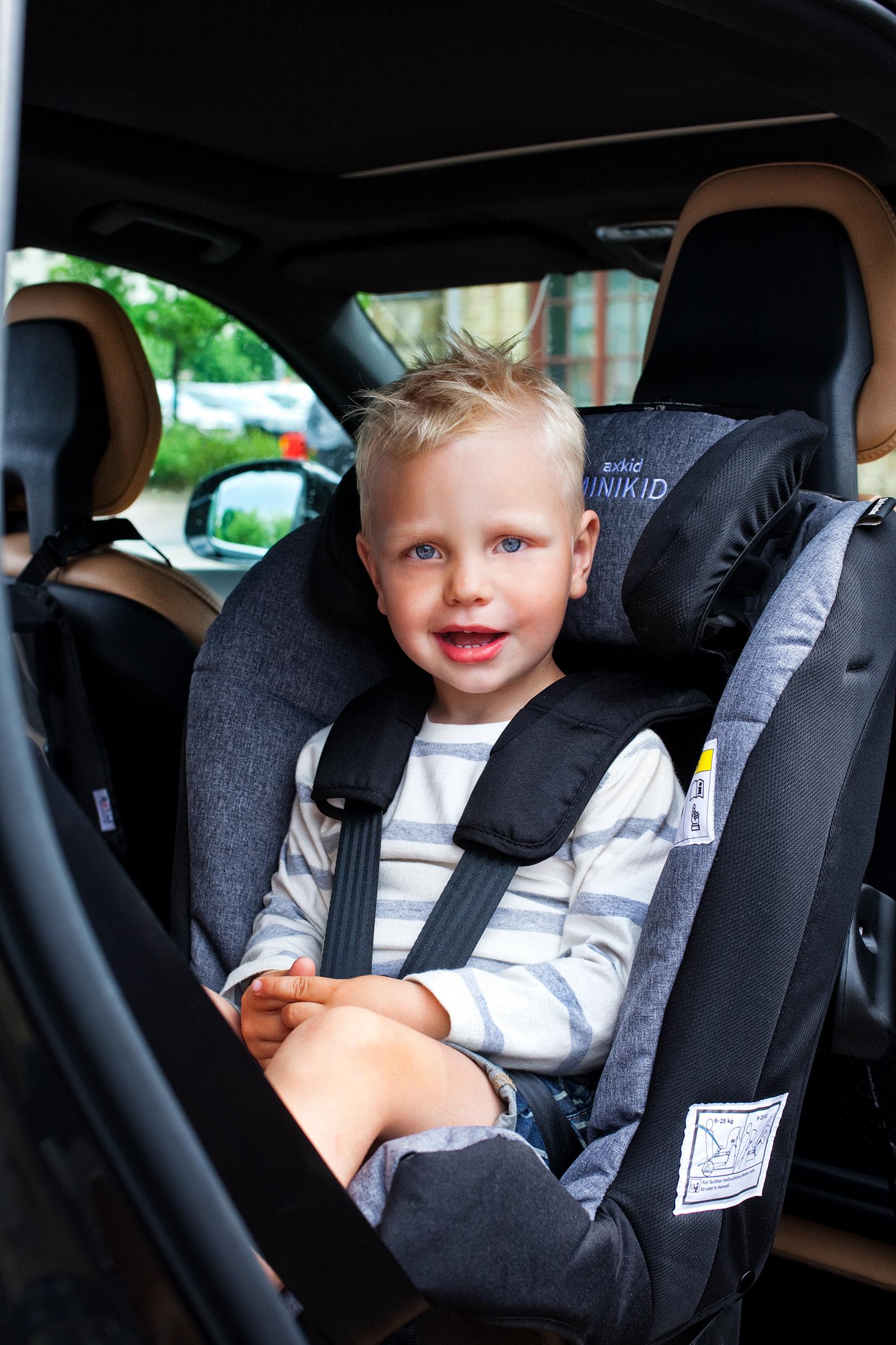 Reboarder und Übelkeit - wird Kindern rückwärts eher schlecht?